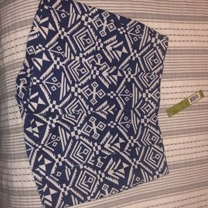 NWT Gianni Bini Aztec print shorts